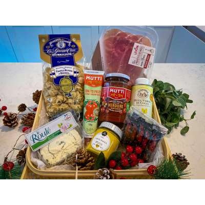 The Selection Gift Hamper